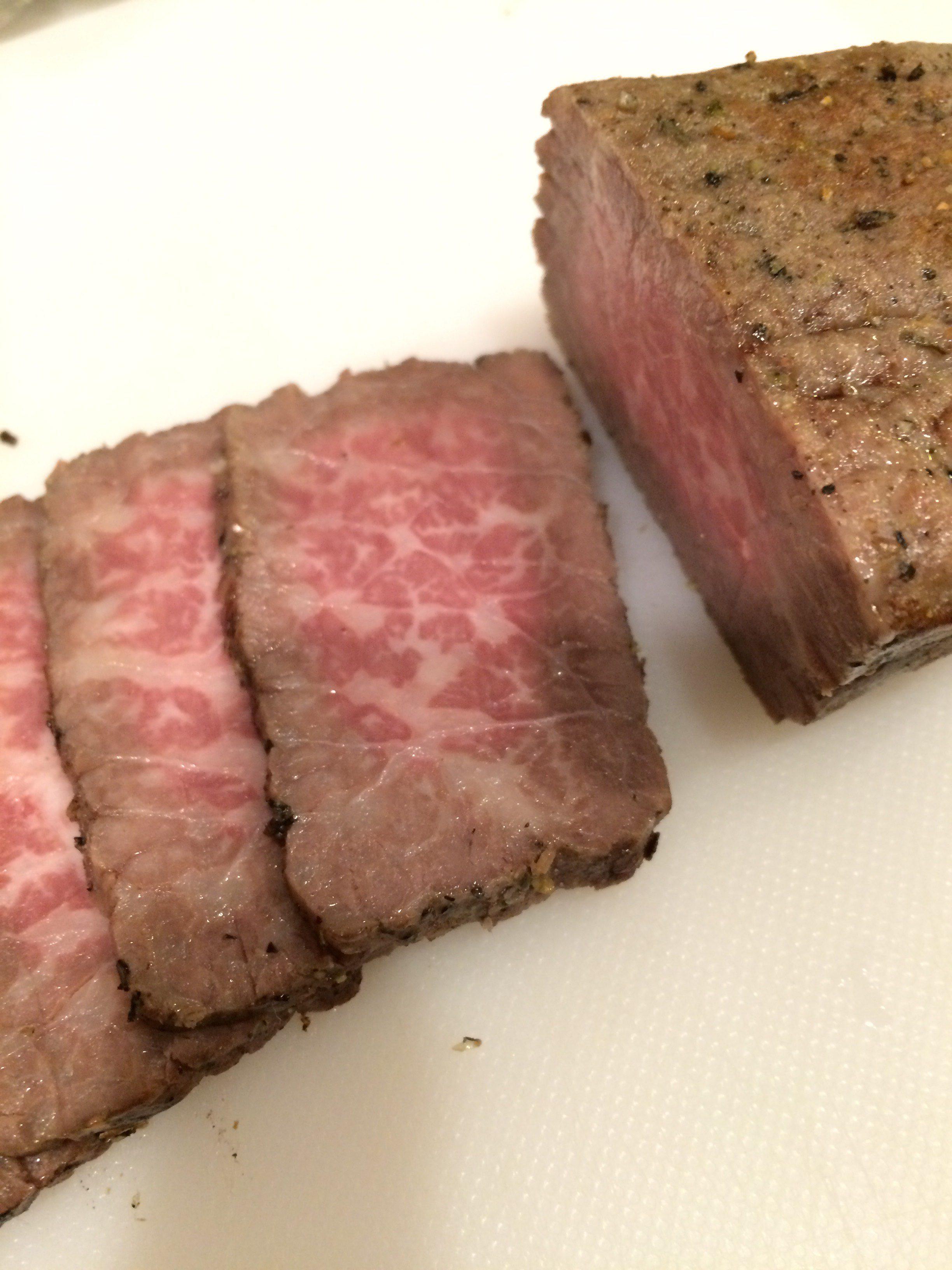 低温調理 しっとりお肉 ローストビーフ1