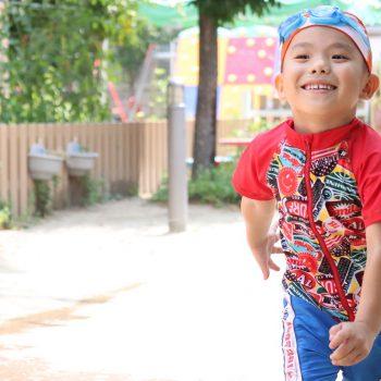 4歳~6歳のこども選手たちが輝く★真夏のトライアスロン開催!